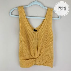 Mood & Madison Knitted Yellow Cropped Tank Top SM